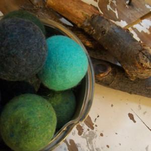 Bog Berry wool dryer balls